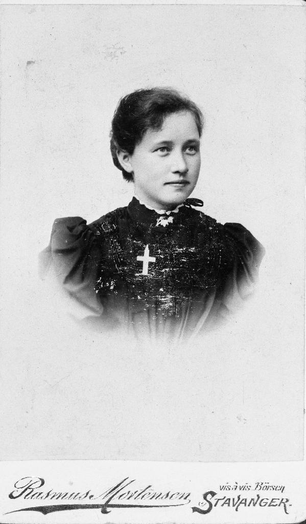 Serina Norheim, f. Kverneland (1881 - 1936).