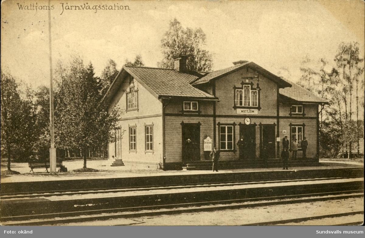 Vykort med motiv över järnvägsstationen i Vattjom.