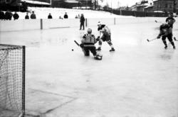 Ishockeymatch på Stenkrossplan mellan GIF Sundsvall och Åsel
