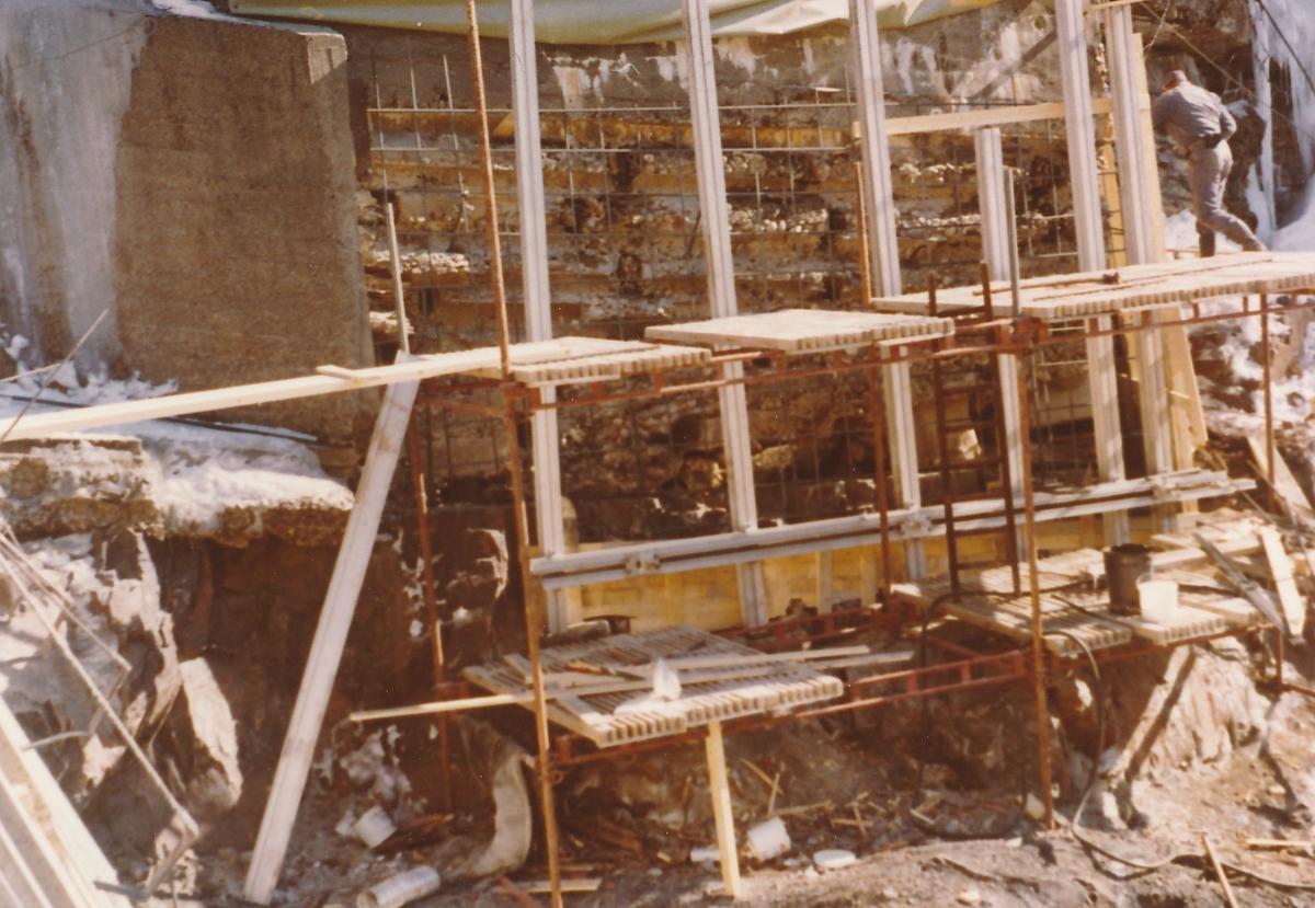 Forskallingsarbeid på damanlegget på Kistefoss