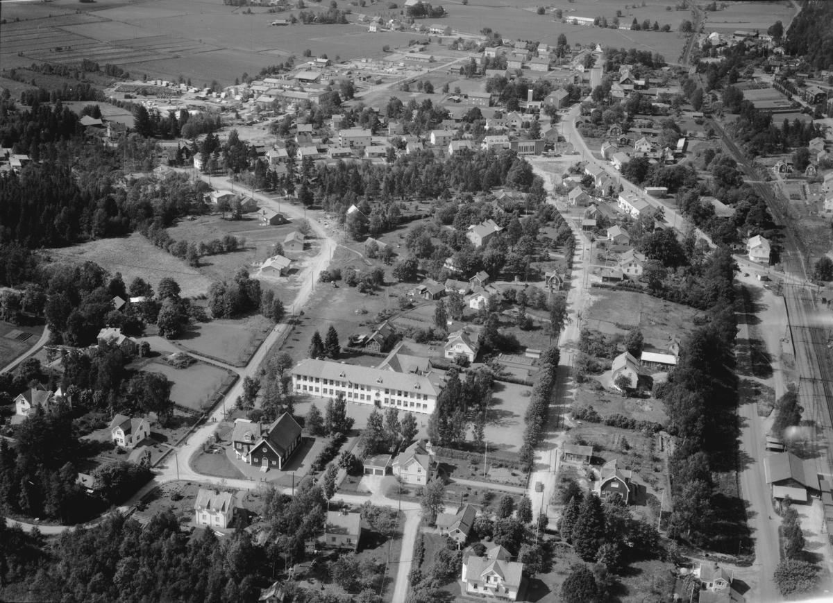 Flygfoto över Tenhult i Jönköpings kommun. Nr 1058/1961