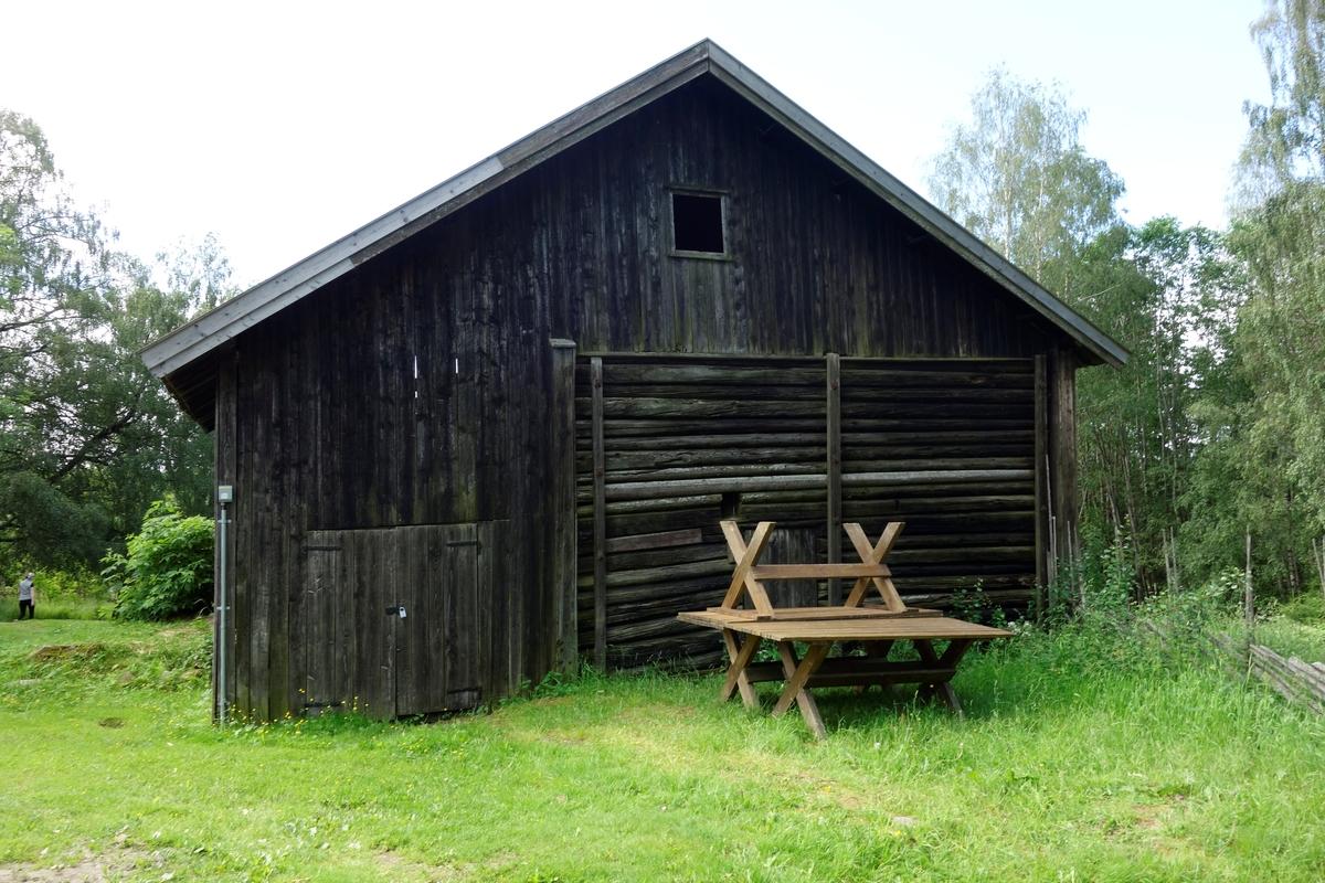 Låve Klokkerenga, fra slutten av 1800-tallet. Ikke flyttet.