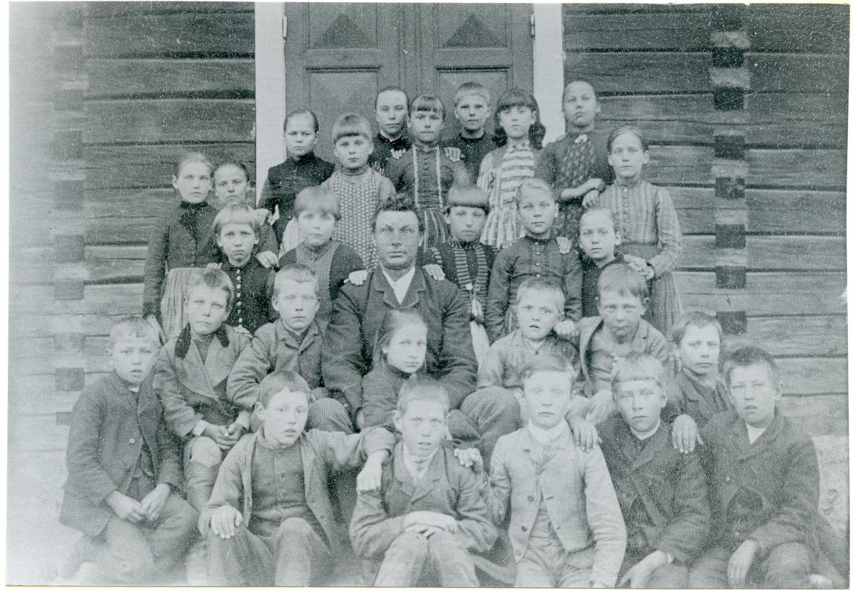 Norrby sn, Sala, Ölsta. Skolkort från Ölsta skola, c:a 1890.