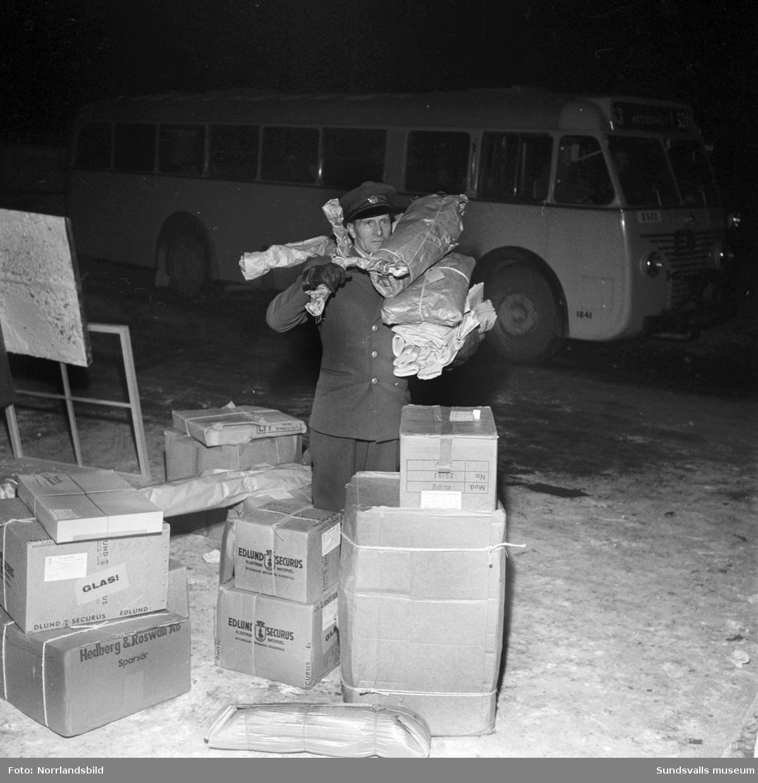 Godshantering vid gamla busstationen i Sundsvall.