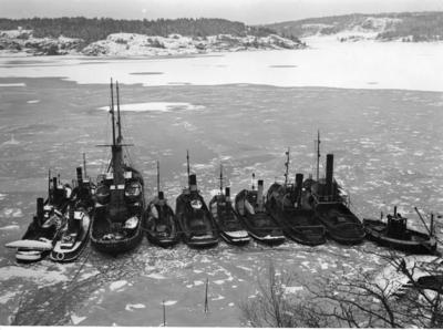 Slepebåter i Lysekil.. Foto/Photo