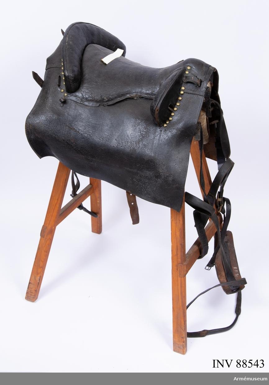 Sadel m/1756