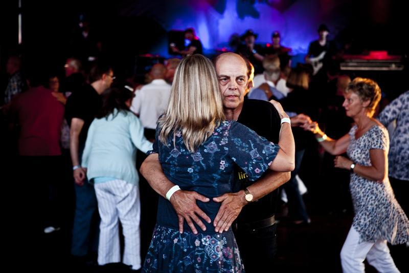 Dancing couple, Sunne 2011
