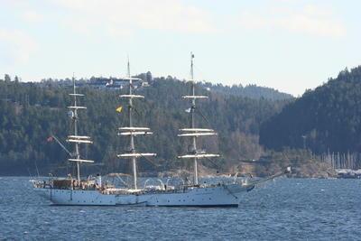 Christian Radich ligger i karantene i Bunnefjorden, Oslo. Foto/Photo