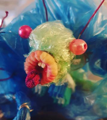 Plastmonster laget av Kristin Günther og Pjotr Sapegin. Foto/Photo