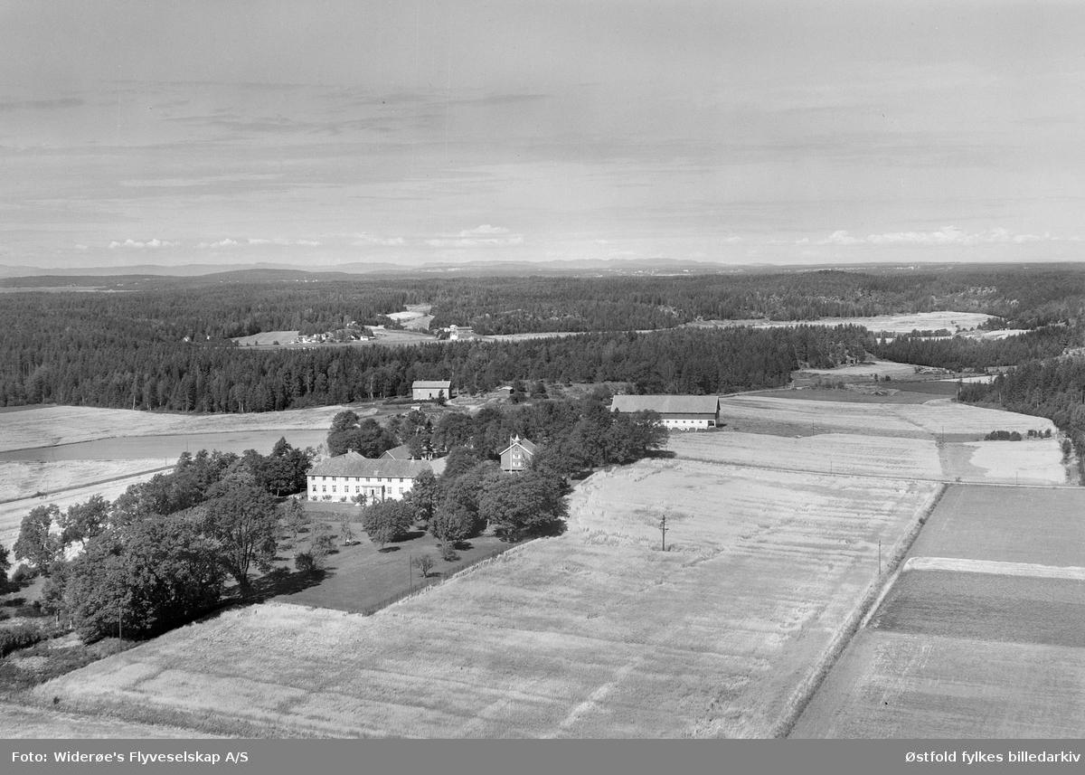 Flyfoto fra Elingaard herregård i Onsøy i 1956.