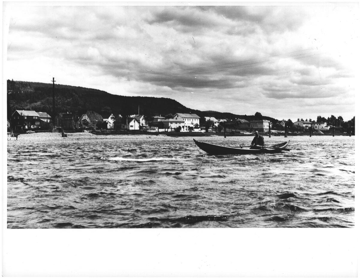 Hokksund. Drammenselva