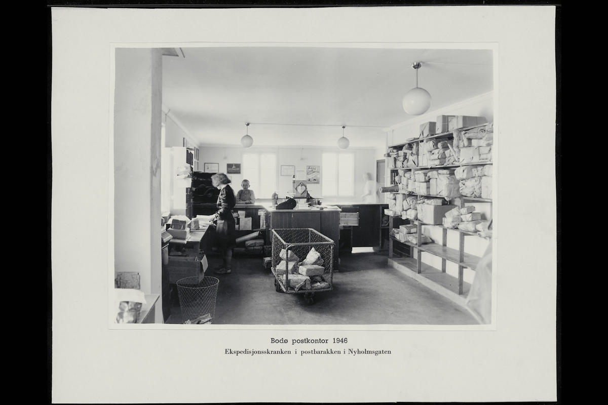 interiør, postkontor, 8000 Bodø, skranke, ekspeditør, kunde