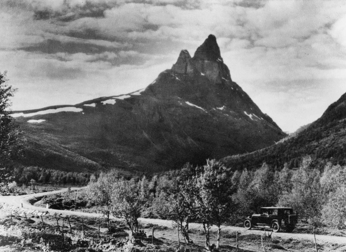 transport, bil, eksteriør, Lillehammer-Veblungsnes, post og passasjerbil
