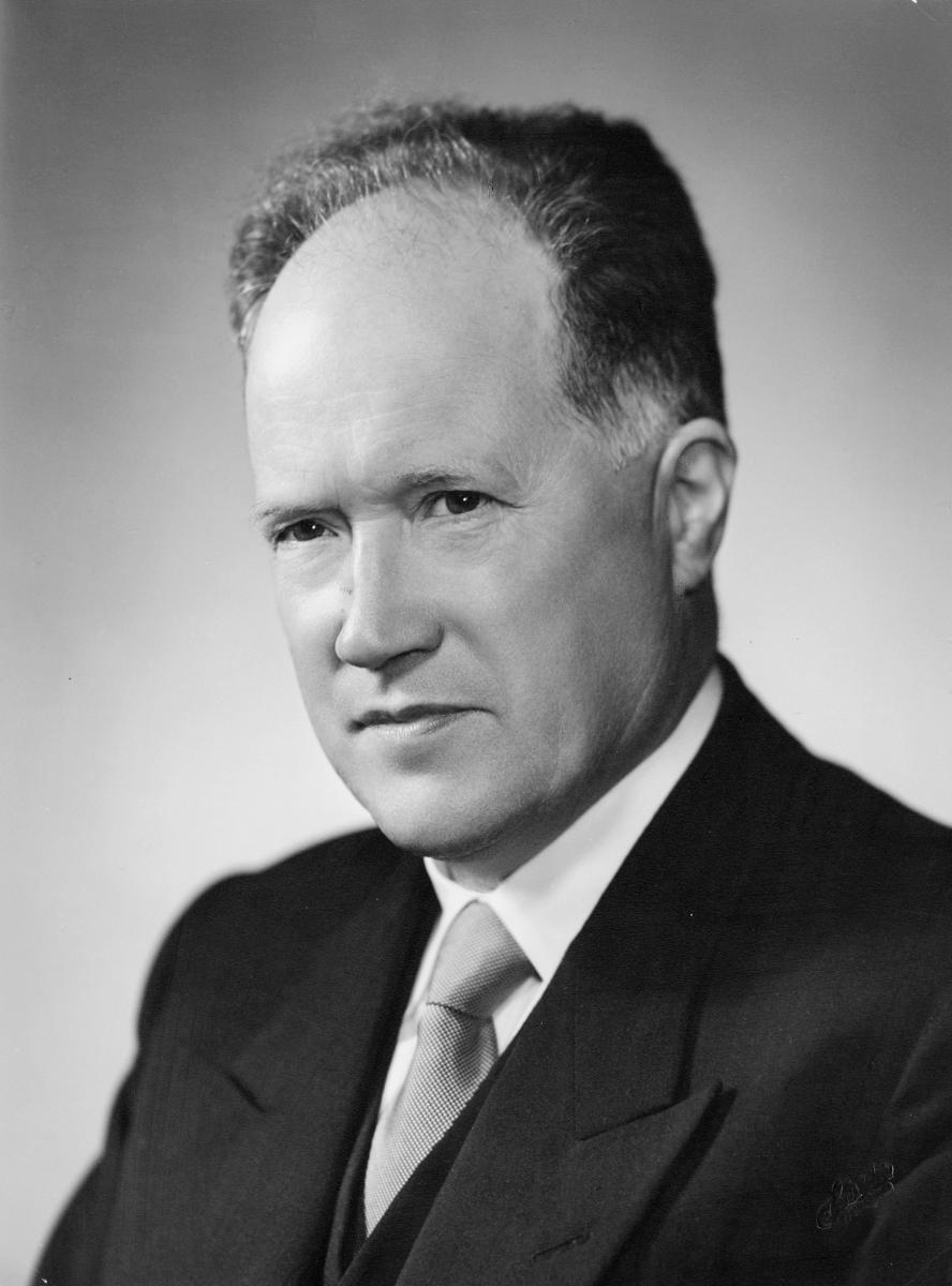 postmester, Grebstad O.B., portrett
