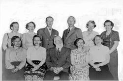 Familiebilde, Iver Prestbakken,Ringebu, med sine barn