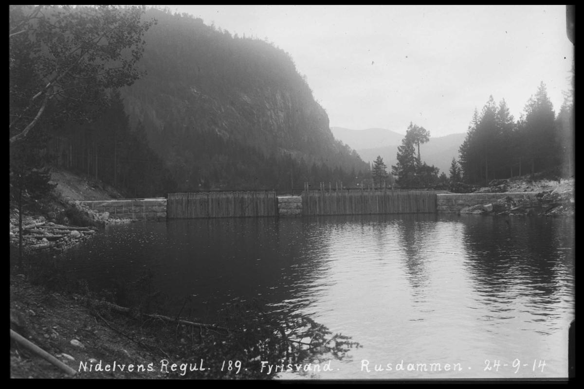 Arendal Fossekompani i begynnelsen av 1900-tallet CD merket 0446, Bilde: 80 Sted: Fyrisvann. Ruudsdammen