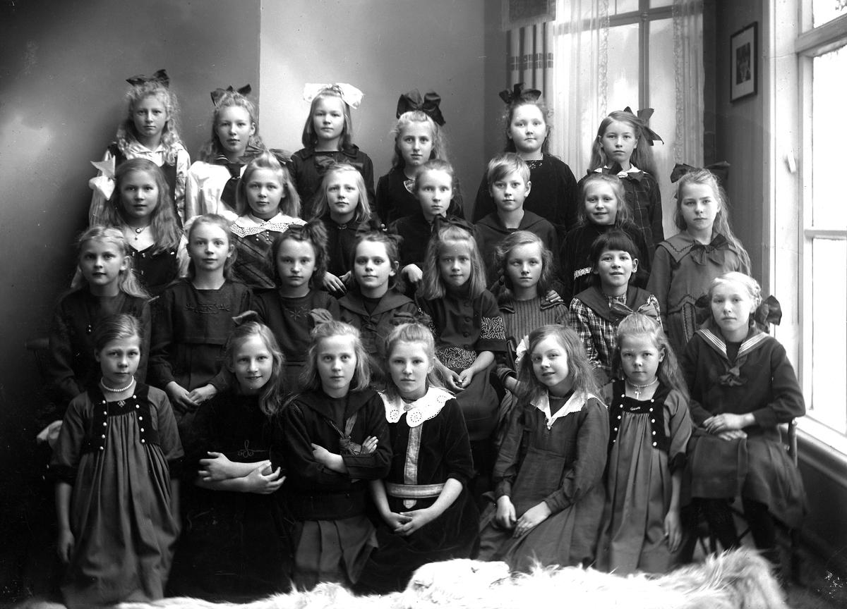 Grimstad Barneskole 4.de klasse - piker