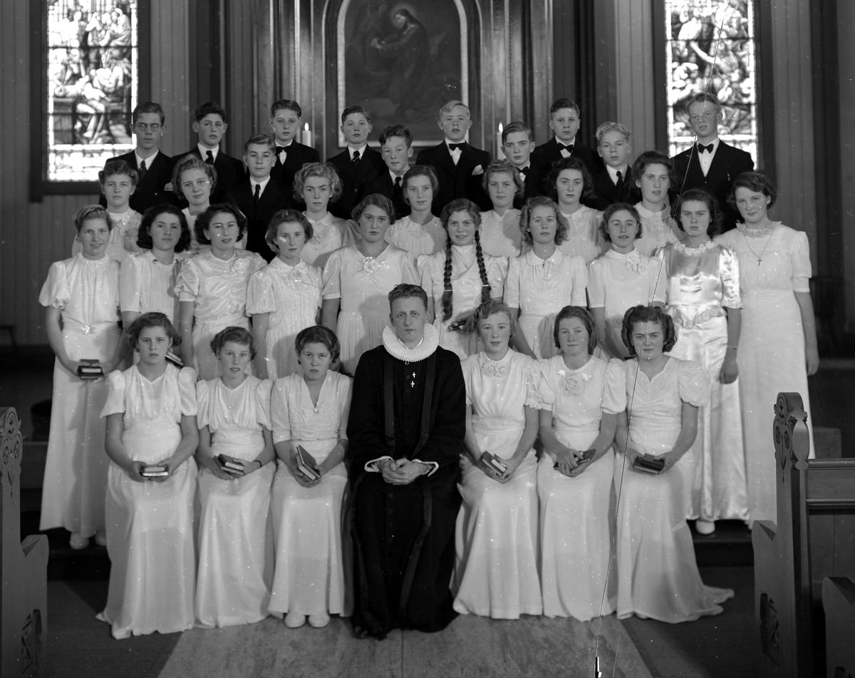 Konfirmanter i Grimstad kirke