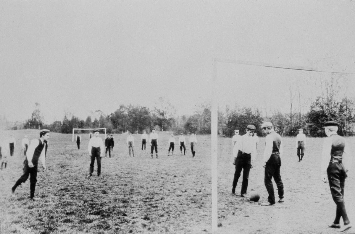 Lokal fotballkamp.
