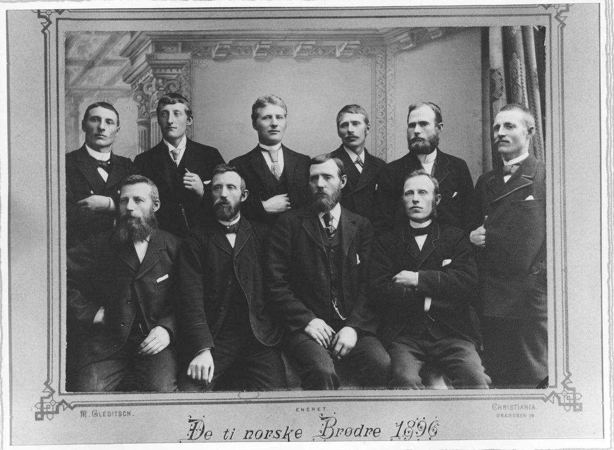 De 10 brødrene Olsen fra Eidskog.