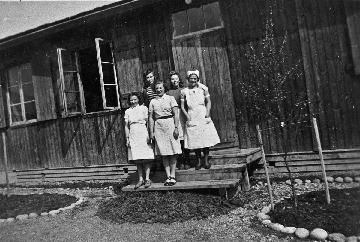 Arbeidstjenesten. Sannsynligvis fra AT-leiren på Røa i Nes.