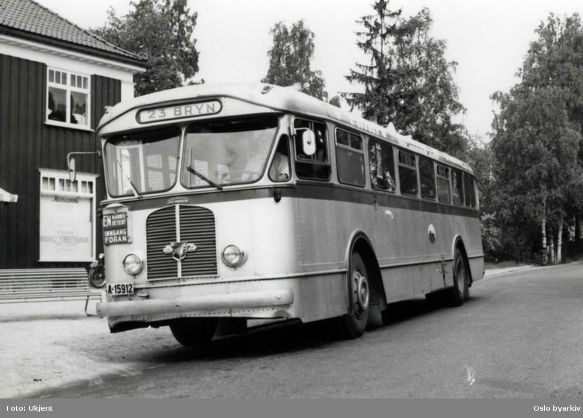 Oslo Sporveier, En 1956 Leyland Worldmaster Linje 23 til Bryn. Her fotografert ved Heggeli.