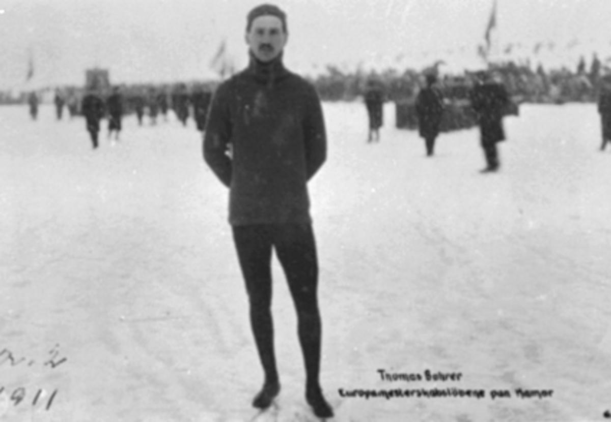 THOMAS BOHRER, SKØYTELØPER, MJØSISEN, TILLSKUERESe Idrett i Hamar gjennom 100 år. bilde nr. 73