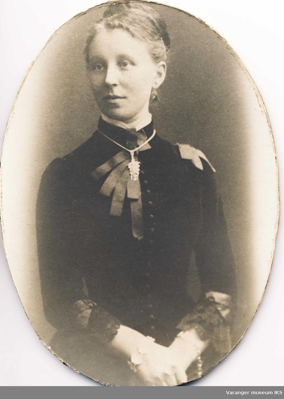 Portrett av Marie Moe ca 1880-1890
