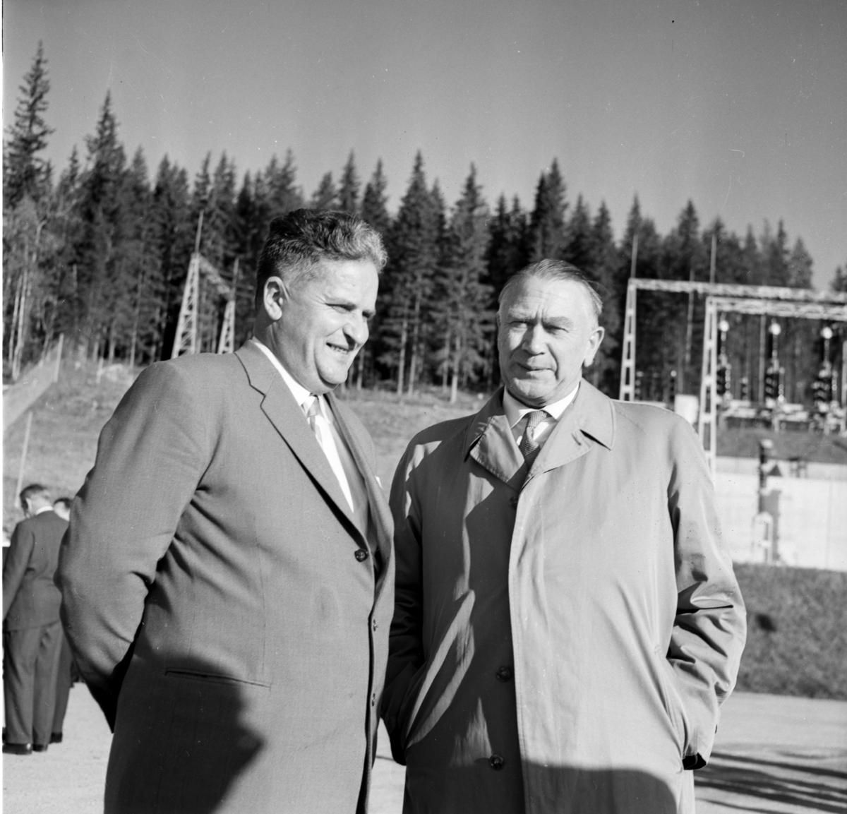 Karl M. Kværness og Thor Smitt-Amundsen til høyre
