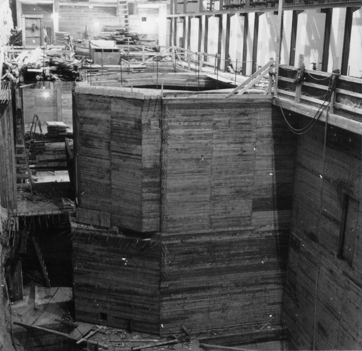Gruve for maskin I, generatorfundament, Tysso II kraftstasjon