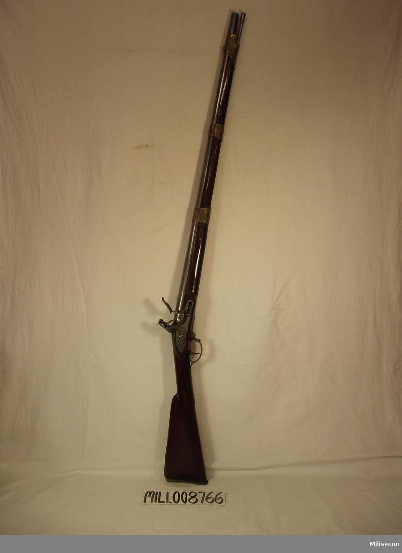 Gevär m/1815-26 för infanteriets jägare. Vapennummer: 400