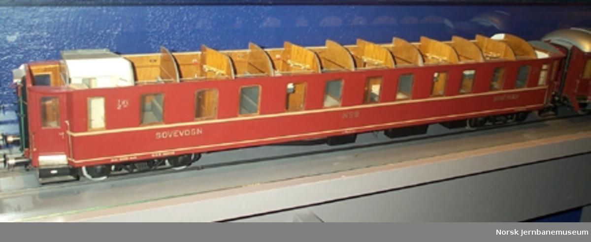 Modell av sovevogn litra Ao1b nr. 21010 : med innredning