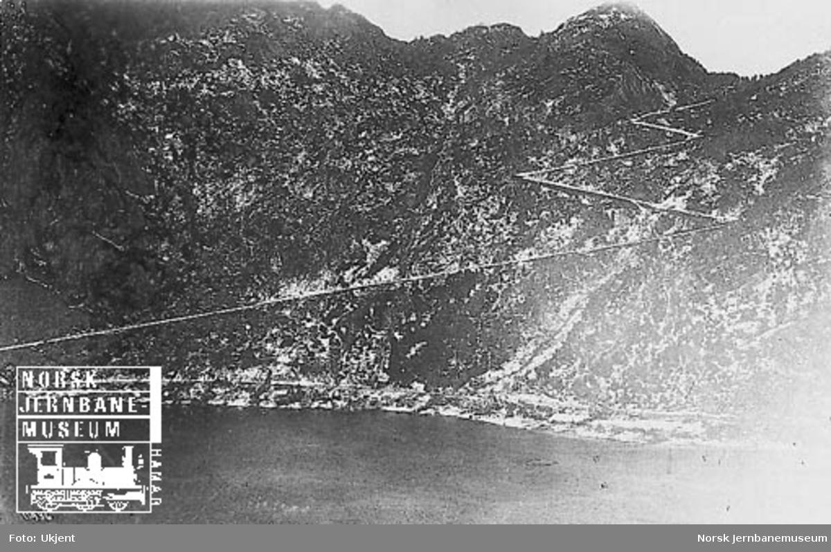 Oversiktsbilde fra vest mot Tronåsen