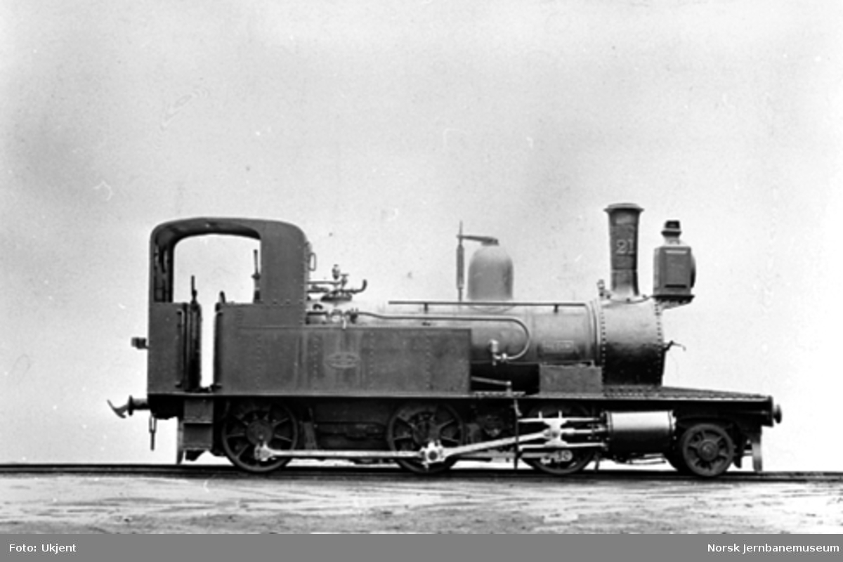 """Randsfjordbanens damplokomotiv type VIII nr. 21 """"Hedin"""""""