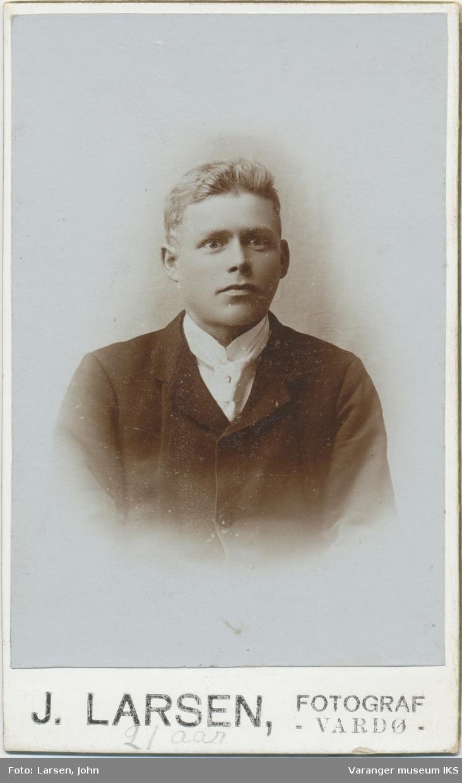 Portrett, Alfred Olsen