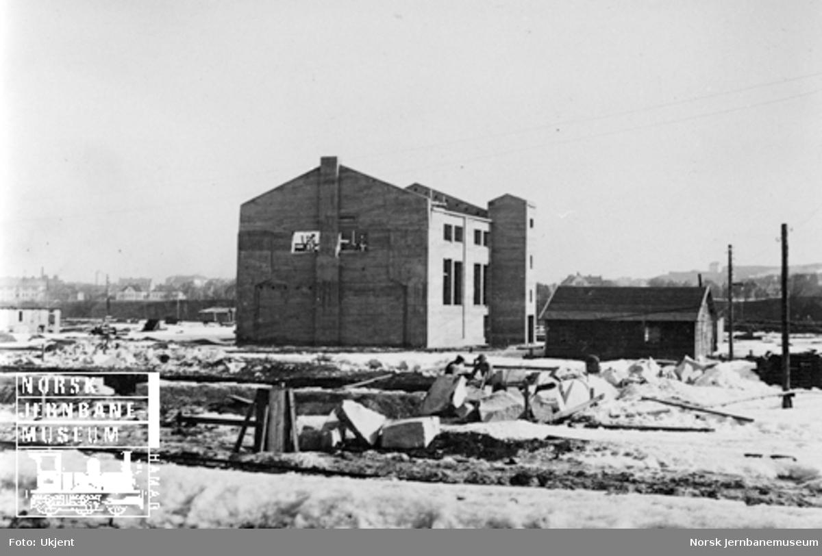 Bygging av sentraloppvarmingsanlegg på Marienborg