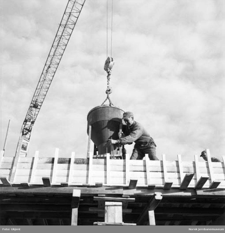 Hamar godshus under bygging