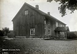 Bøler, Enebakk, Nedre Romerike, Akershus. Hovedbygninge mot