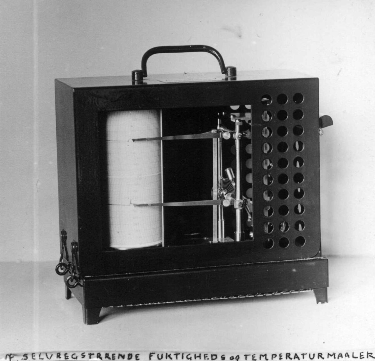 Museumsteknikk. Selvregisrerende hygrometer, Norsk Folkemuseum, 1924.
