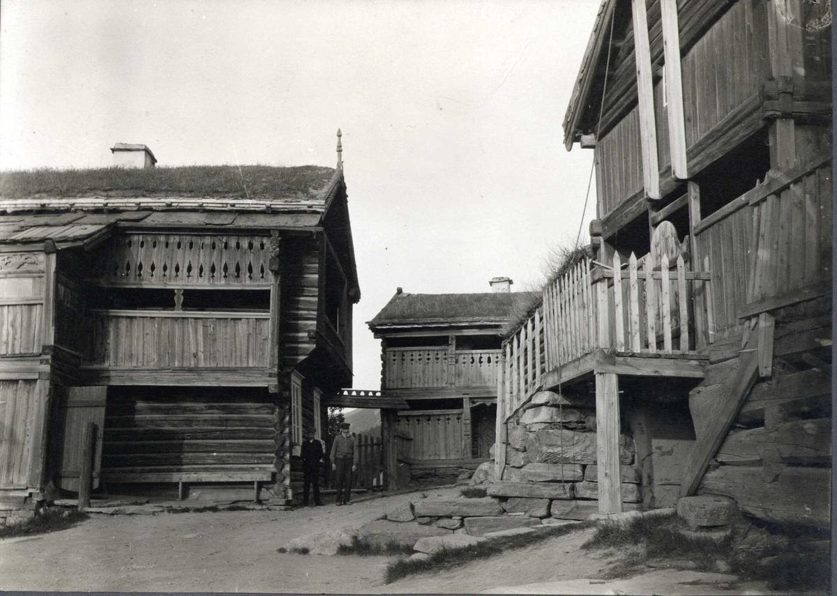 Gårdstun, Sygard Storvik, Vågå, Oppland. Fotografert 1913.