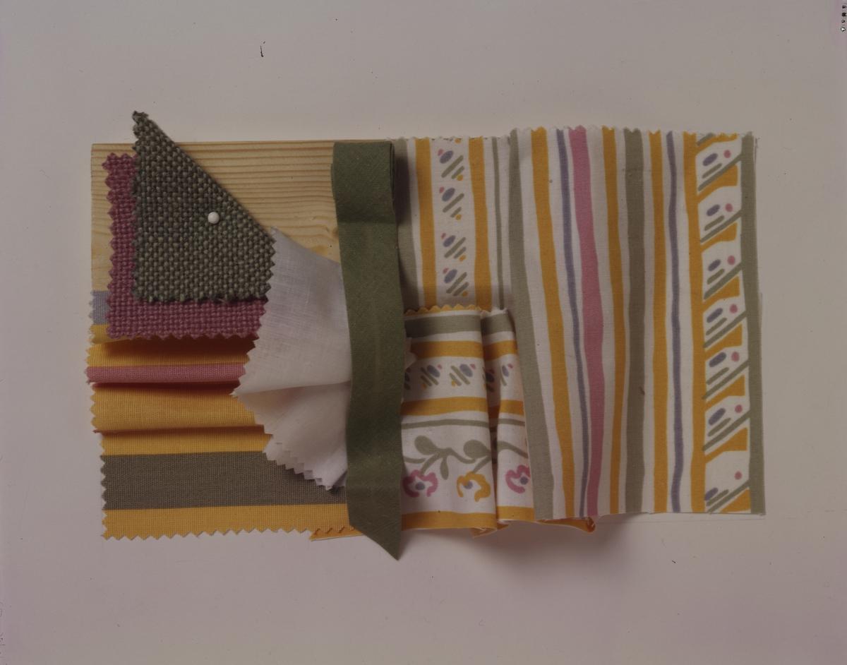 """""""Interiørarkitekten""""s forslag til tekstiler og farger i stue i gammelt hus. Illustrasjonsbilde for Bonytt 1983."""