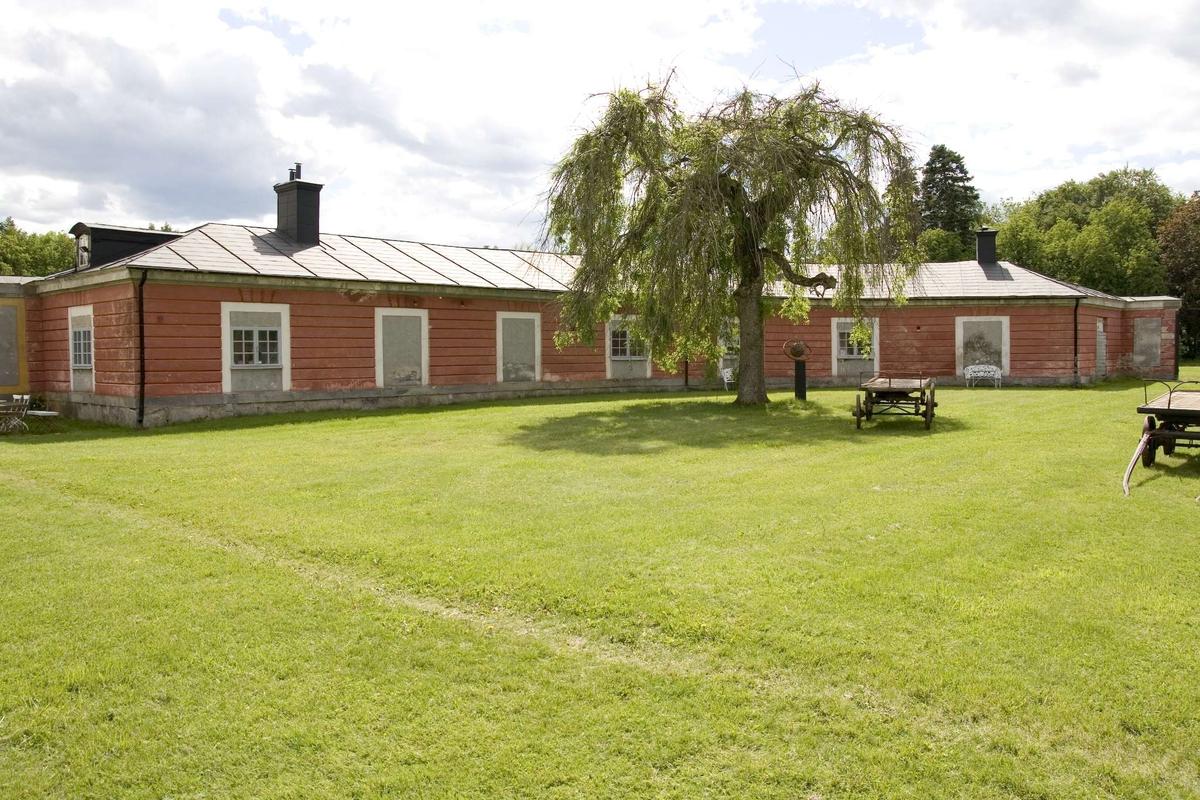 Ekolsunds slott, exedran, södra rundeln, Husby-Sjutolfts socken, Uppland 2007