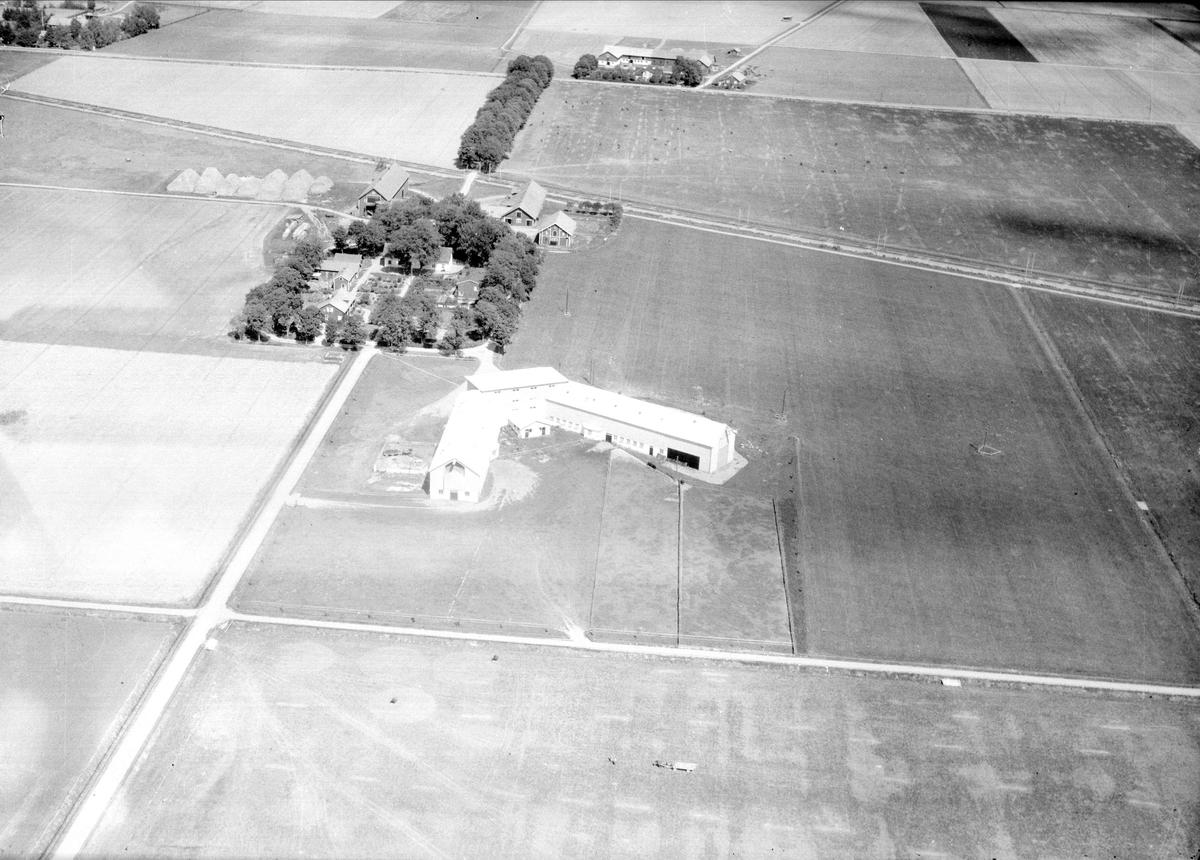 Flygfoto över Kungsängens gård, Kungsängen, Uppsala 1947