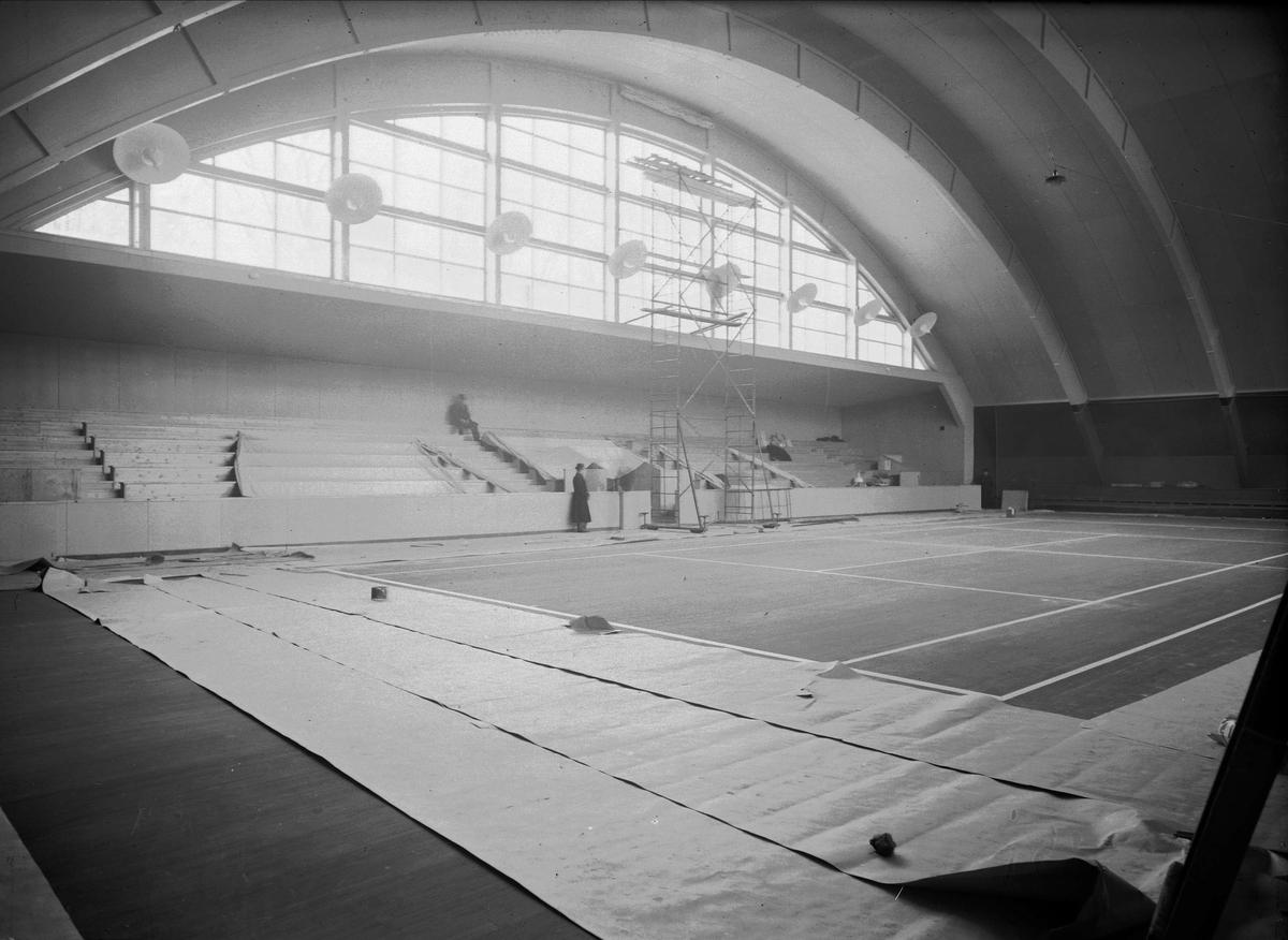 Tennishallen under byggnation, Sjukhusvägen, Uppsala, interiör januari 1937