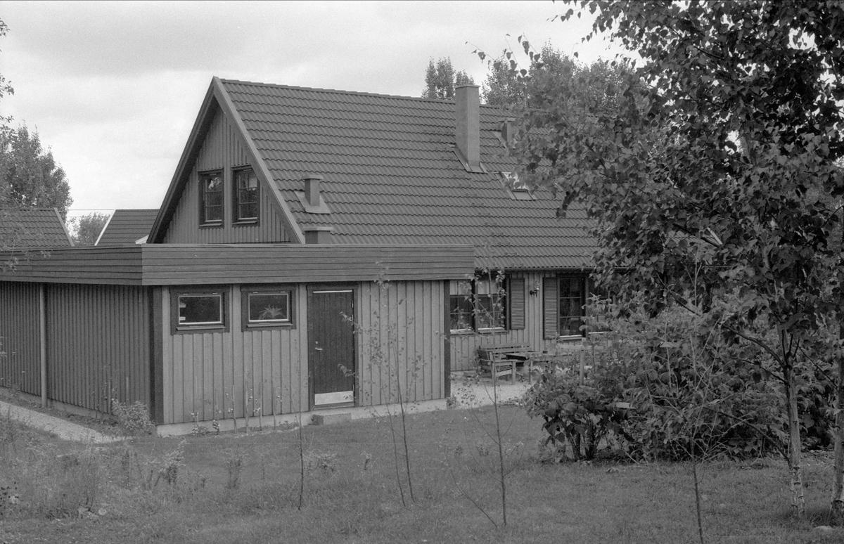 Bostadshus med garage, Börje-Ströja 5:6, Börje socken, Uppland 1983