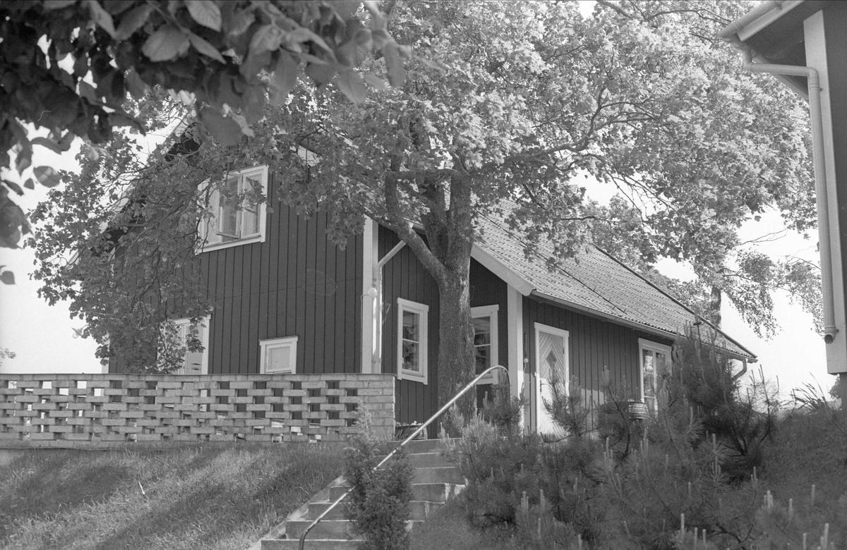 Bostadshus, Edeby 4:6, Edeby, Danmarks socken, Uppland 1977