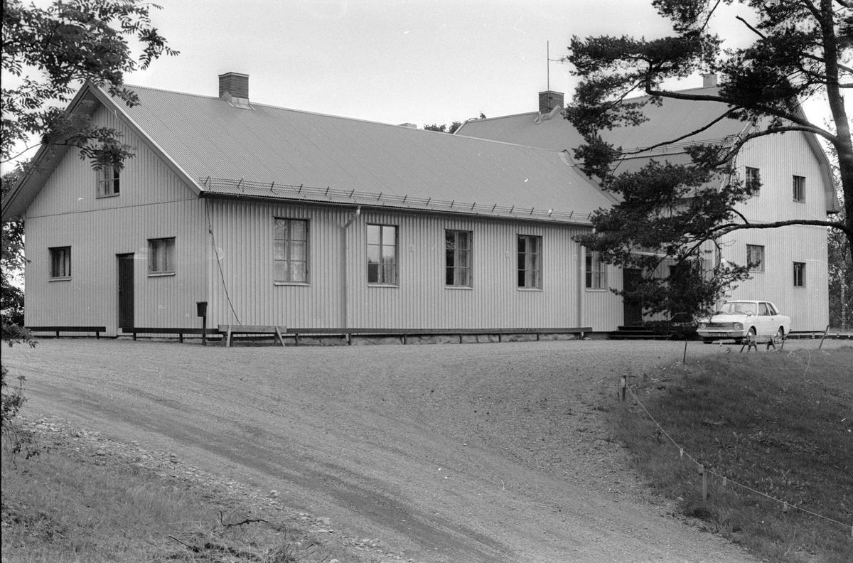Godtemplarlokal med tillbyggnad, Backa 1:3, Backa, Lena socken, Uppland 1978