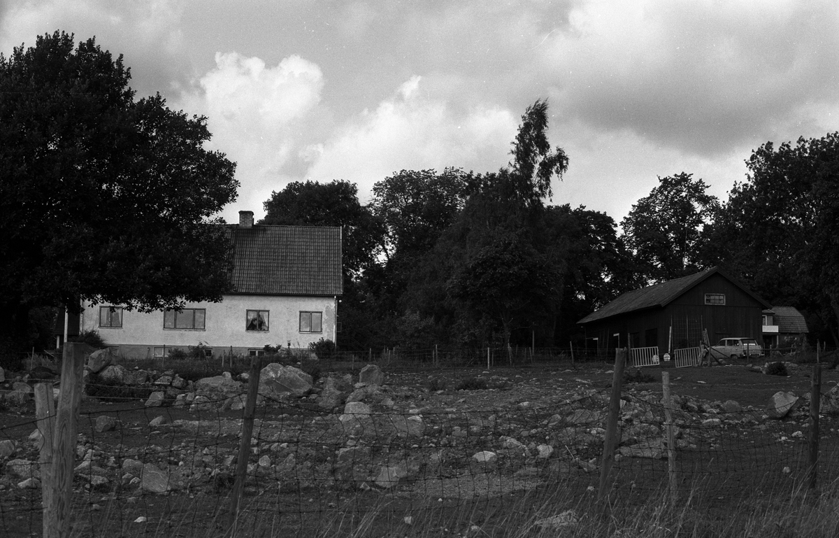 Bostadshus och ekonomibyggnader, Grän, Rasbo socken, Uppland