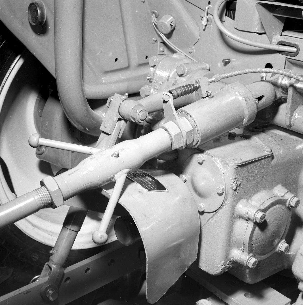Lantbruksmaskiner hos AB Westeråsmaskiner, Morgongåva, Uppland, maj 1961