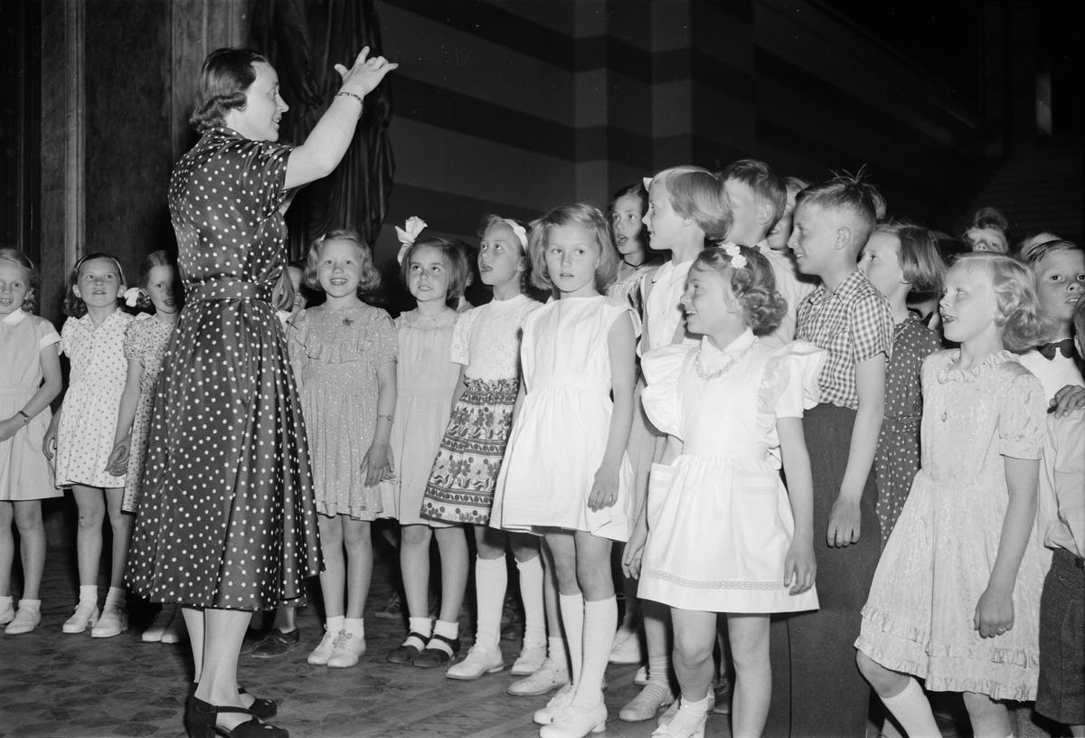 Barnkör, sannolikt Uppsala juni 1951